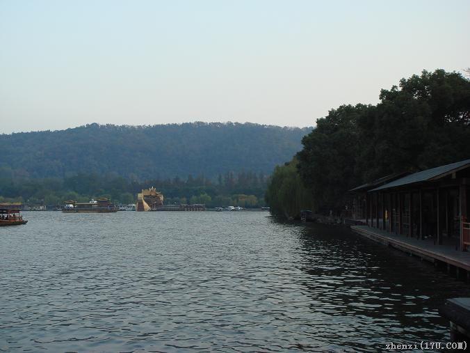 西湖三潭印月