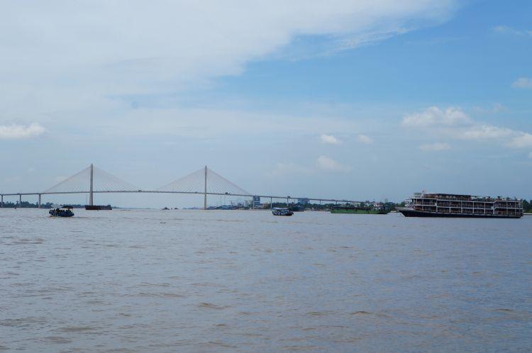 实际美拖在湄公河上洒落着4个小岛,分别叫龙岛,凤岛,龟岛,麟岛,很多