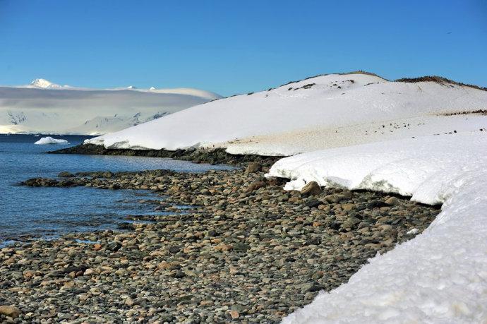 海边雪地风景图片