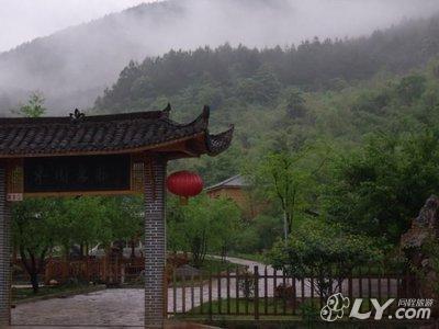 宣城水东枣园农庄度假大酒店 _水东龙泉洞风景区外300
