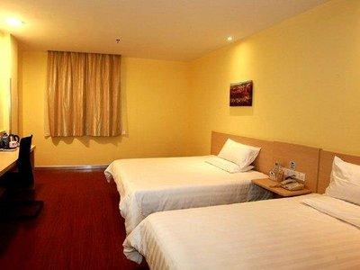 背景墙 房间 家居 酒店 设计 卧室 卧室装修 现代 装修 400_300