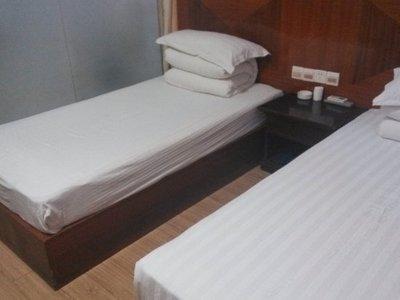 宾馆暗房间装修图片