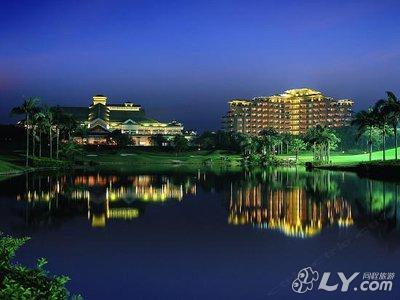 长江旅游风景区,毗邻雅居乐长江高尔夫球会会所,长
