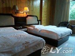 卧室墙背景家居卧室v卧室房间墙纸装修现代装修240_180酒店星空效果图图片