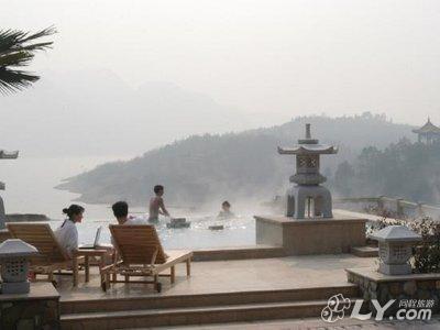 信阳茗阳汤泉国际旅游度假会议中心_汤泉池风景区